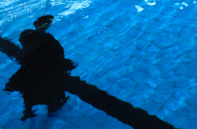 Alejandro Gómez de Tuddo, POV II, Diptychon, 2004 | chromogenic print| 1.82 x 1.20 cm plexiglass
